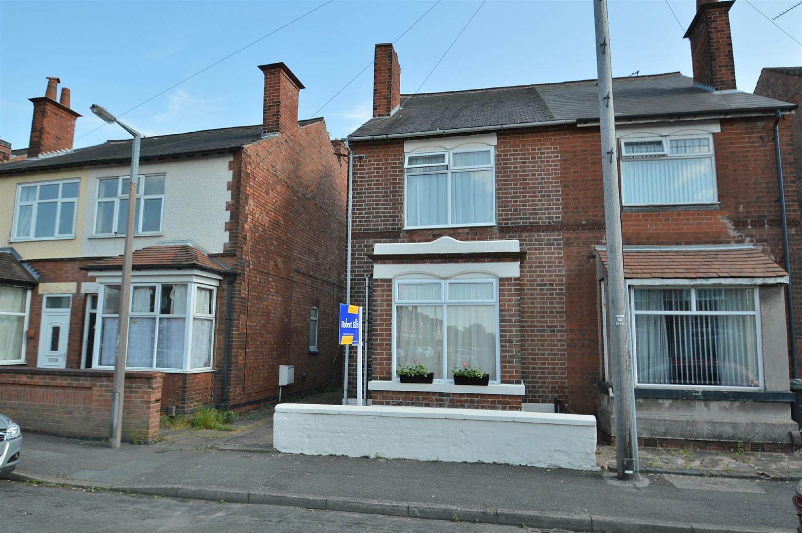 3 Bedrooms Semi Detached House for sale in Cavendish Road, Long Eaton